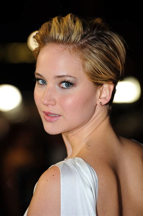 The 15 Best Ways Jennifer Lawrence Has Styled Her Pixie