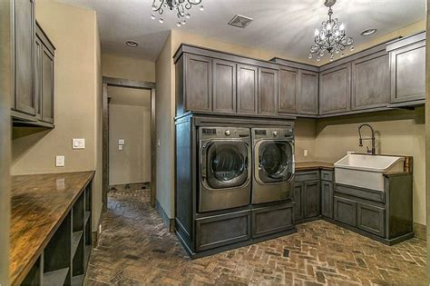 country laundry room ideas rustic laundry room design rustic laundry room ideas laundry room rustic with log