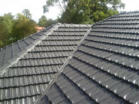 Roof Tile Paint About Us Bayside Roof Repairs And Roof Restoration