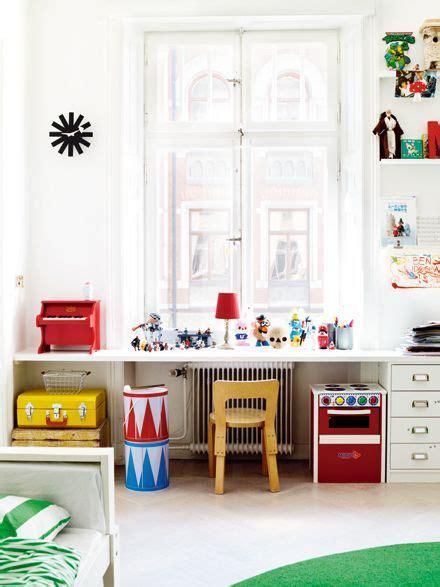 schreibtische kinderzimmer space for work and play boys rooms