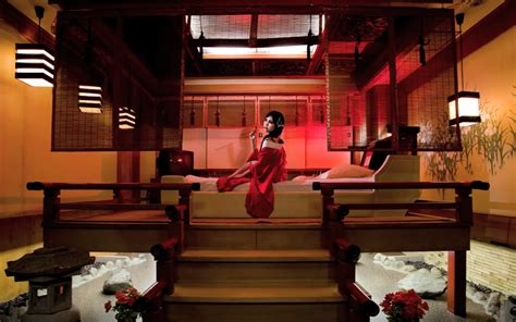Theme Love Hotel Tokyo | step back in time with japanese themed rooms at rare