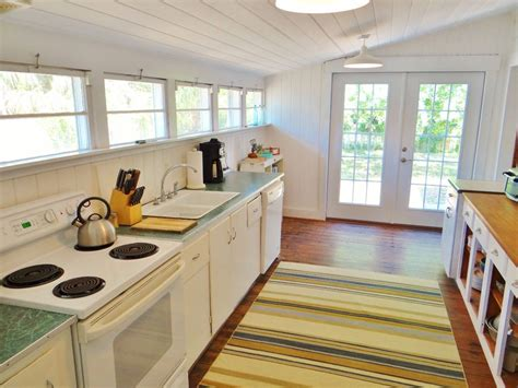 cottage rentals in florida a picturesque vintage cottage rental in florida