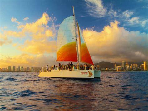 catamaran booze cruise hawaii holokai catamaran waikiki sunset cocktail sail with open