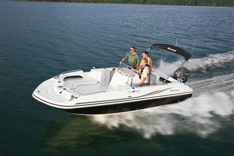 hurricane deck boat tachometer research 2015 hurricane deck boats ss 211 ob on iboats