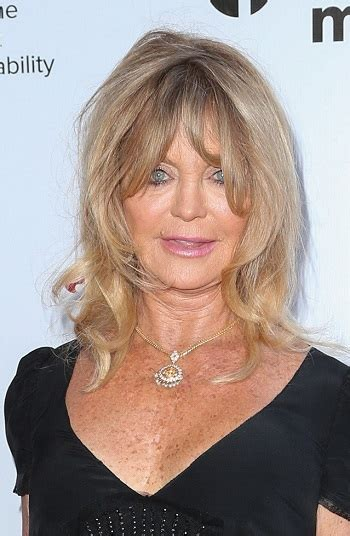Goldie Hawn Hairstyles by Hairstyles Goldie Hawn Mussy Medium Hairstyle