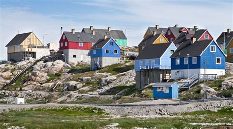 greenland houses the iceberg town of ilulissat greenland holidays 2018 2019 best served scandinavia