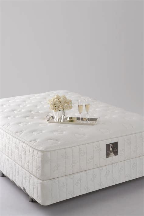 vera wang   mattress reviews goodbedcom