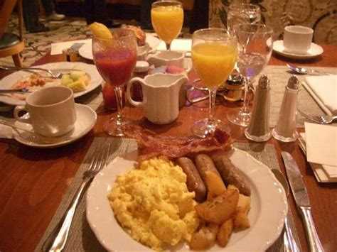 Bull And Bear Steakhouse Has Amazing Selection Of Steaks America Breakfast Buffet