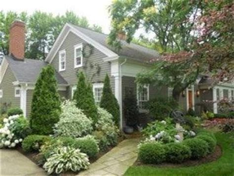 corner house curb appeal 165 best images about corner lot landscaping ideas on