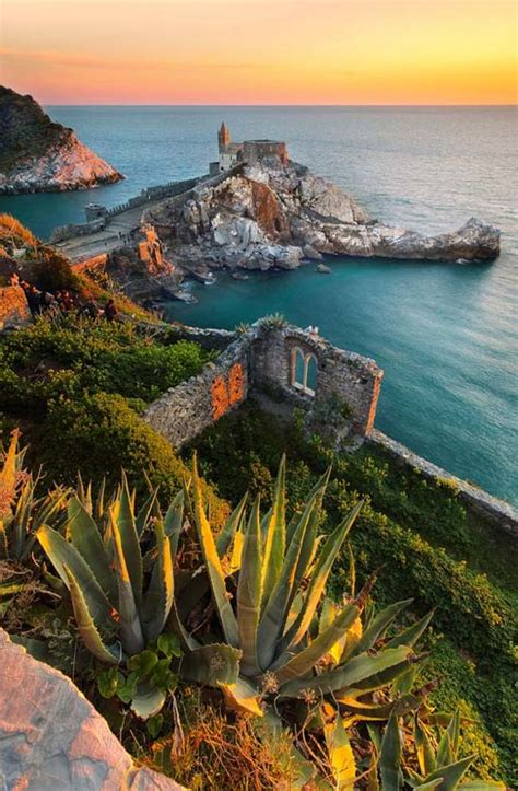 sunset lighthouse porto venere italy modren villa