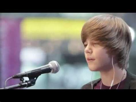 justin bieber favorite girl in concert justin bieber acoustic favorite girl live mtv 2009 hd