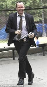 whos leaving blue bloods donnie wahlberg leaving blue bloods