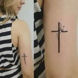 tattooed heart español ingles 25 melhores ideias sobre tatuagem fe no pinterest
