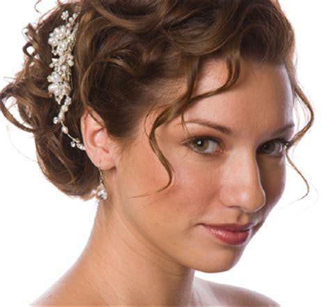 Peinados y recogidos para bodas elhouz