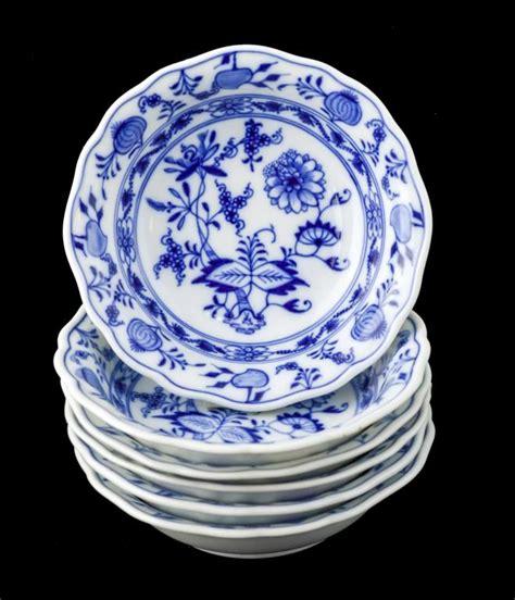 blue onion pattern meissen blue onion pattern fruit bowl set