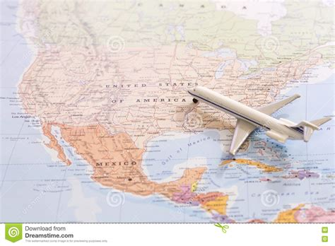 passenger map usa miniature of passenger airplane on a map travel