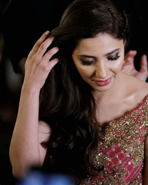 Pin by wowreads on Mahira Khan in 2019
