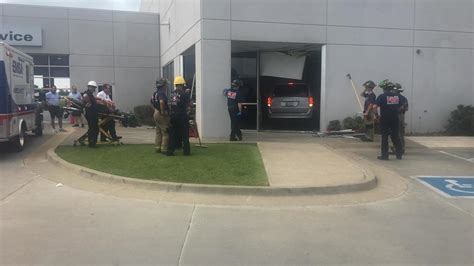 Tulsa Jeep Dealers No Serious Injuries After Drives Into South