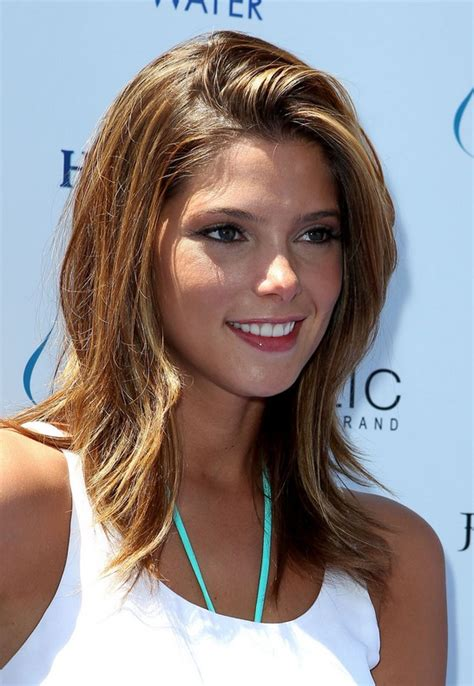 medium length highlighted hairstyles shoulder length brunette hair with highlights simple