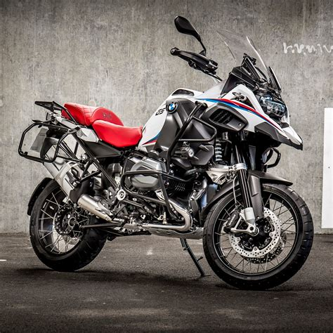 Bmw Motorrad Uk F800gs by Bmw Motorrad Uk Meet The Iconic Collection What Are