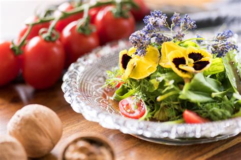 fiori in cucina fiori e cucina certaldo si prepara per boccaccesca