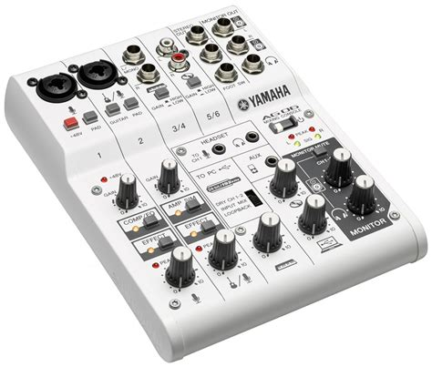 existe aussi en yamaha ag03 table de mixage usb