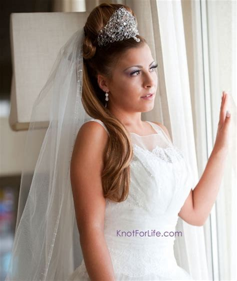 Wedding Hairstyles With Veil And High Bun by Wedding Hair Half Up Half With Veil