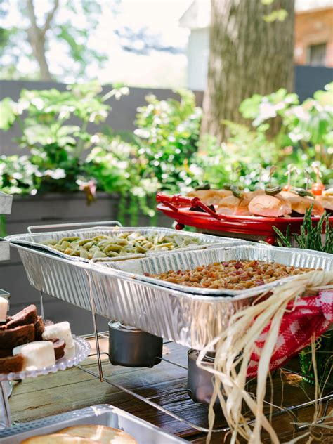Backyard Bbq Engagement How To Host A Backyard Barbecue Wedding Shower
