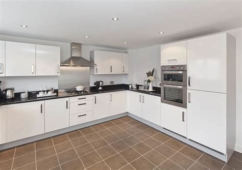 manhattan kitchen cabinets uk contract fitted kitchens for private developers