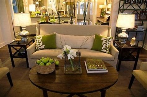 olive green home decor what a nice small couch and the olive green and cream