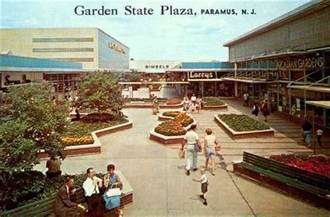 Garden State Plaza Oakley Store Garden State Plaza Paramus With Jc Penney S Gimbels