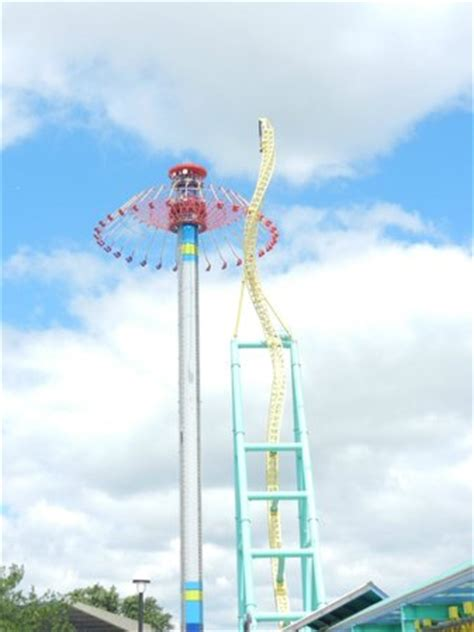 cedar point swing ride giant swing ride super scary especially at night