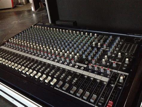 Mixer Yamaha Mg 24 yamaha mg24 14fx image 1696599 audiofanzine