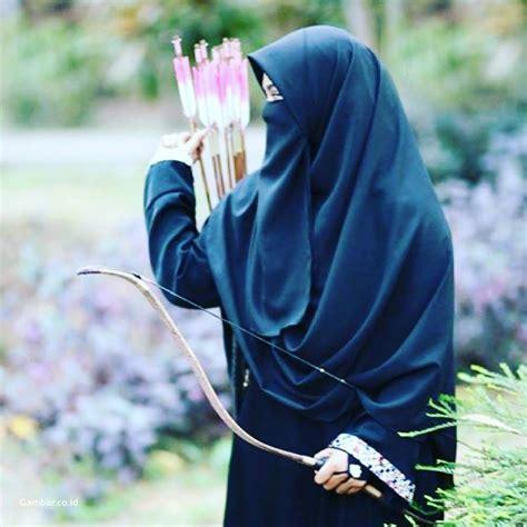 gambar keren wanita bercadar gambar kartun muslimah bercadar memanah medsos kini