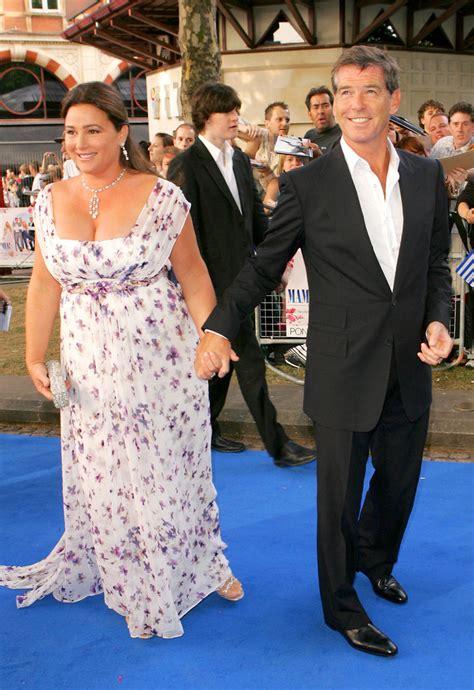 Pierce Brosnan Wife Keely Shaye Smith | pierce brosnan photos photos mamma mia uk premiere zimbio