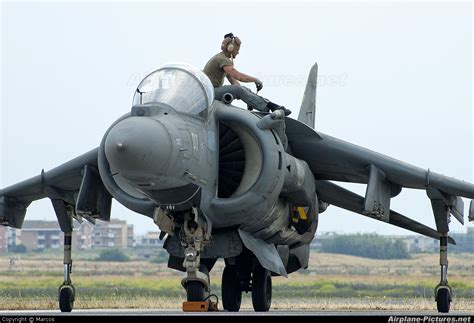 harrier section 2 mm7212 italy navy mcdonnell douglas av 8a harrier ii