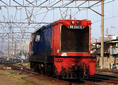 Bo Kereta Tg233 B 4 lokomotif bb306 bahasa indonesia ensiklopedia bebas