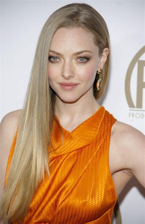 amanda seyfrieds super smooth long golden blonde hair