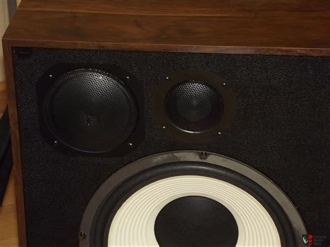 Vintage American Acoustics D3550e Box American Acoustics Labs Eq13 Pair Of Vintage Speakers New Stock Photo 1661024 Canuck