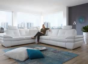 White Leather Sofa Decorating Ideas White Leather Sleeper Sofa Great Home Decorating Ideas Alley Cat Themes