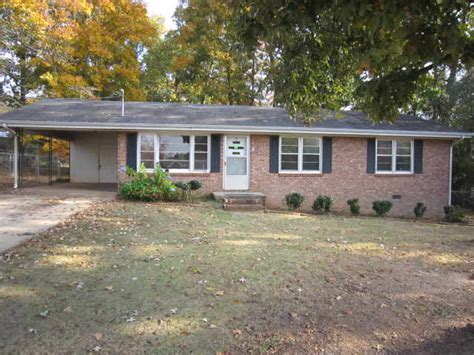 590 peters st statham 30666 bank foreclosure