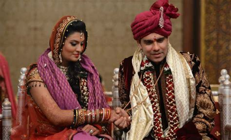Sayali bhagat marriage pics of harbhajan