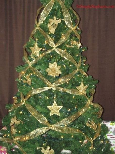 how to criss cross ribbons on a christmas tree trees