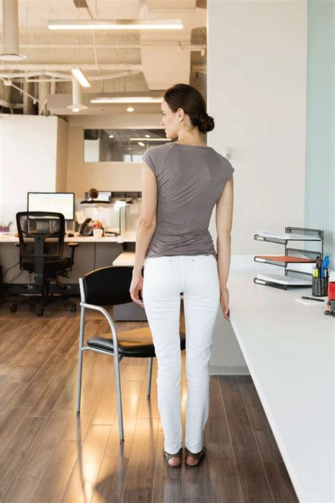 7 ways to work out at your desk without alerting hr