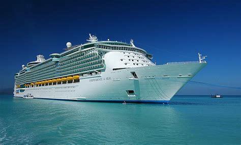 Vieta Top 3 pasaules top3 lielākie kruīza kuģi spoki