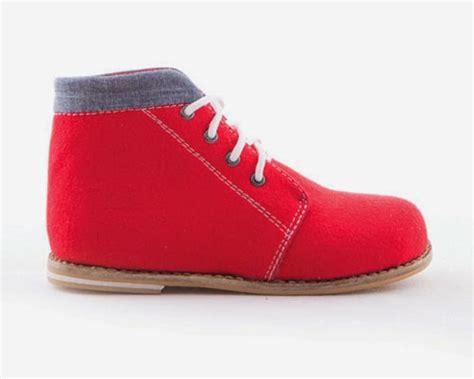 Sepatu Boots Anak Coklat Tali sepatu anak laki