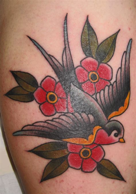 tattoo flowers traditional tattoo old school traditional nautic ink swallow
