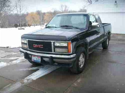 where to buy car manuals 1992 gmc 1500 spare parts catalogs purchase used 1992 gmc sierra 1500 extended cab 4x4 z 71 5 7 v8 just like chevy silverado in