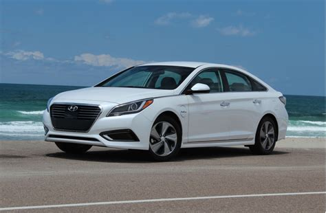 what type of gas does a hyundai sonata used image 2016 hyundai sonata in hybrid drive