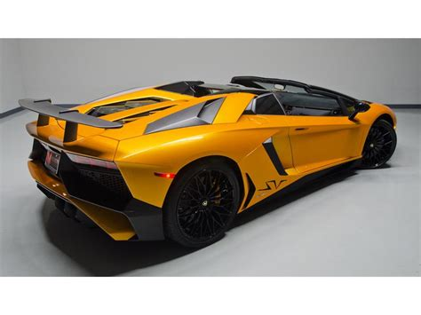 lamborghini aventador sv roadster lamborghini aventador lp 750 4 superveloce roadster listed for 799 995 autoevolution